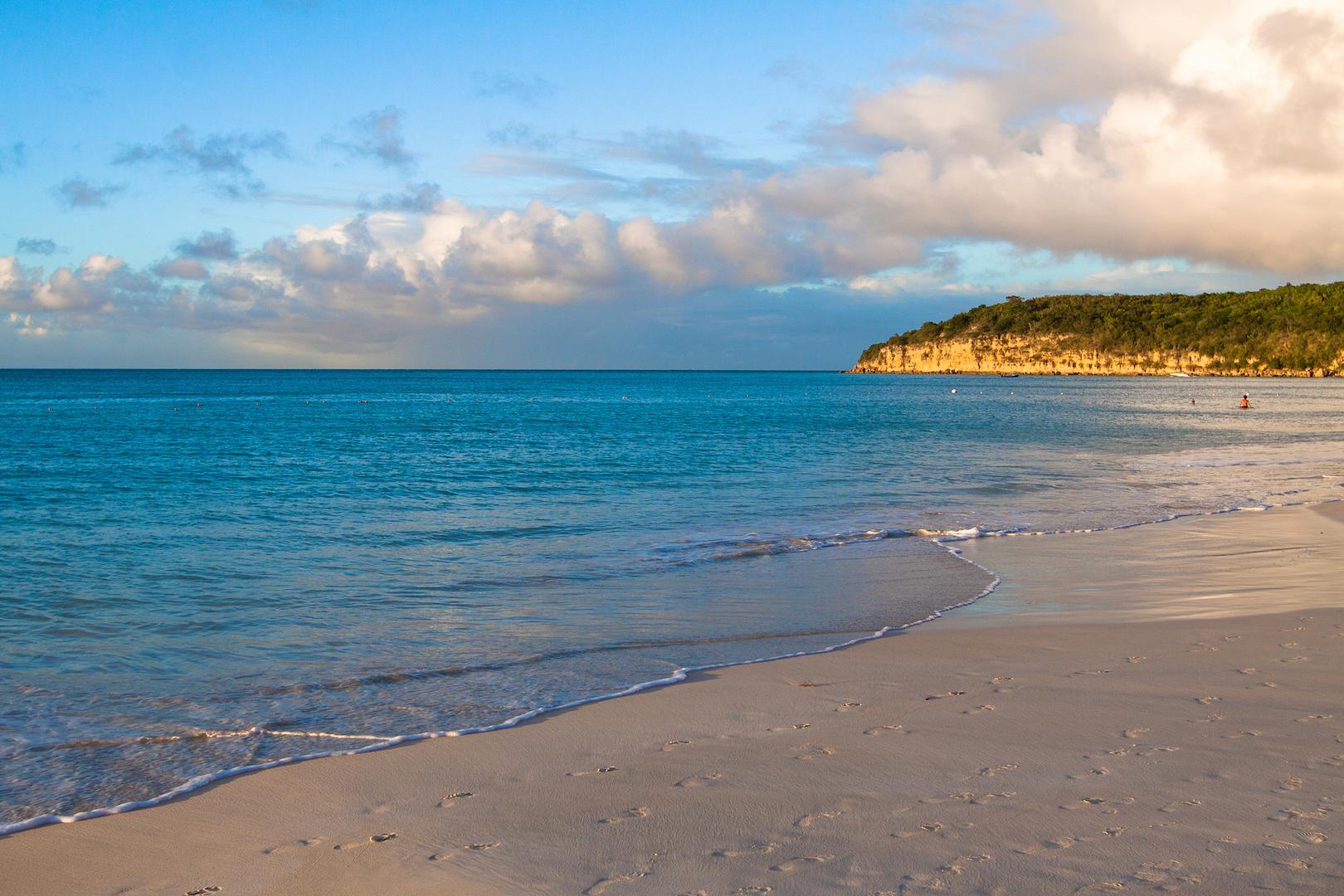 Top 10 Beach Vacation Slideshow Songs - Eat Work Travel ...