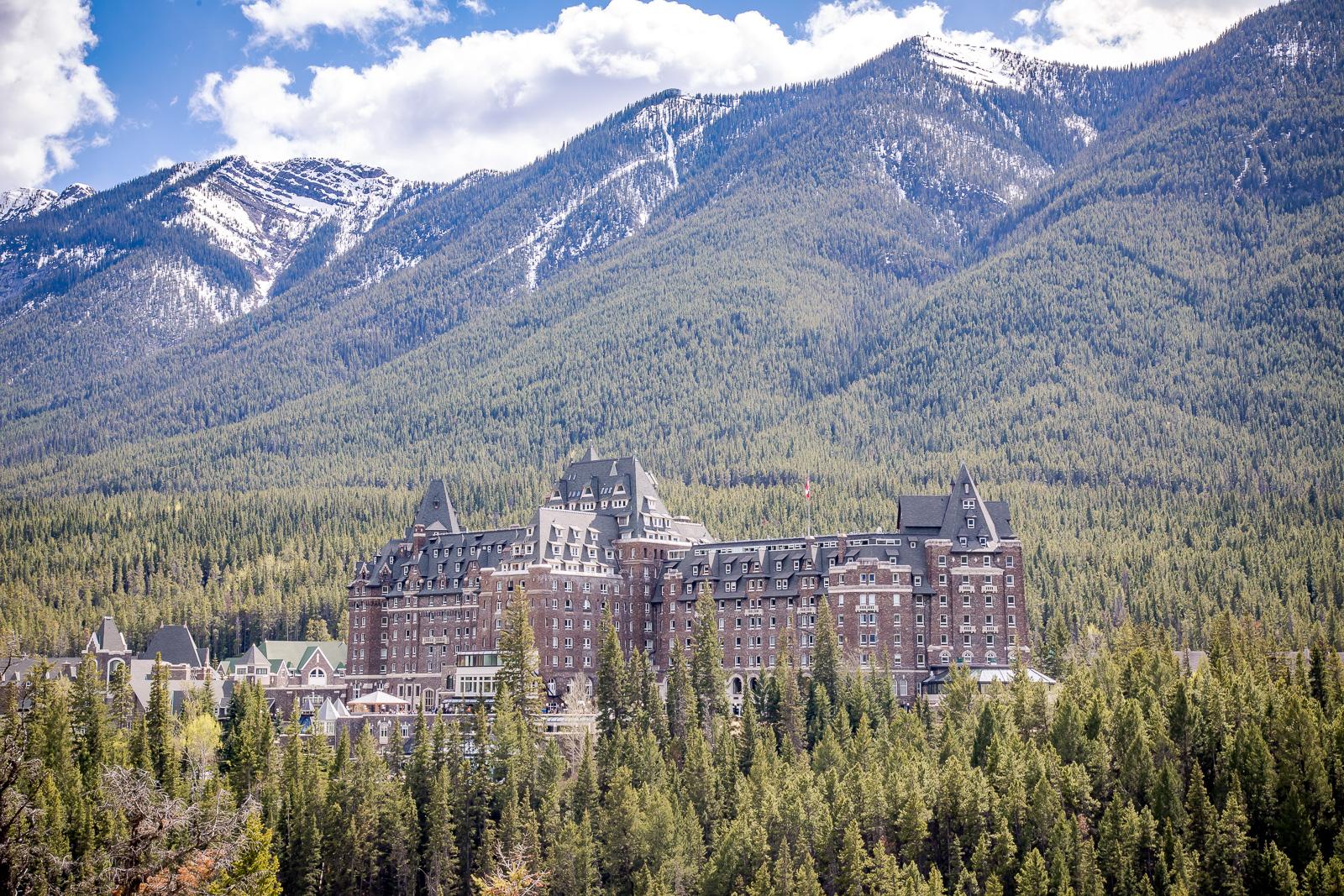 Pros Cons Fairmont Banff Springs Hotel In Canada