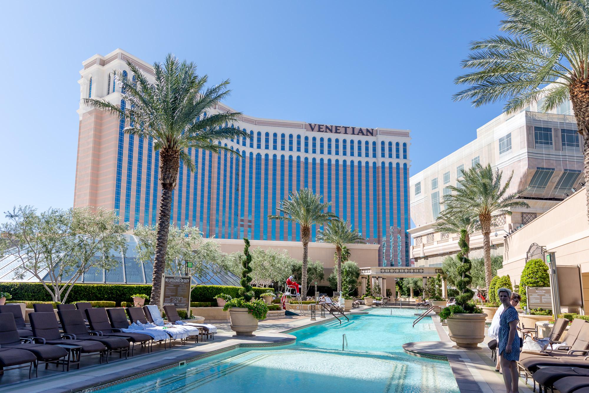 The Venetian: Best Suites in Las Vegas for a Romantic, Couples Trip